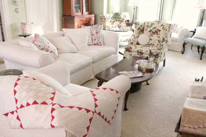 Living Room Quilts i ♥ quilts…. | susan branch blog