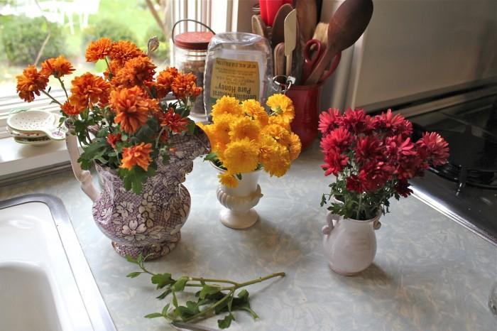 Off ... & Little Vases | Susan Branch Blog