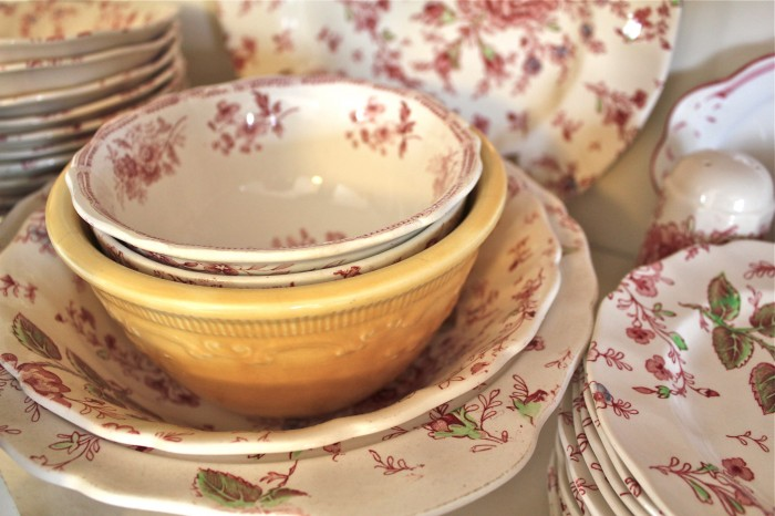 Old China Dishes | Susan Branch Blog