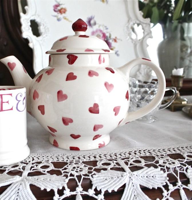 heart teapot