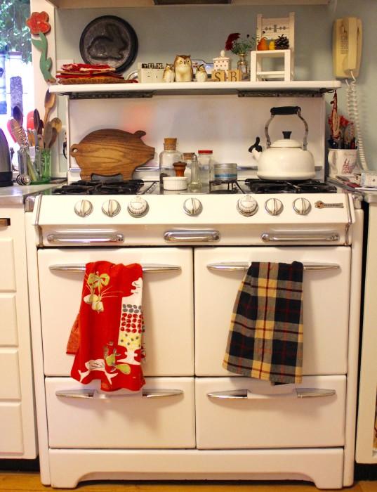 1950s O'keefe & Merritt stove