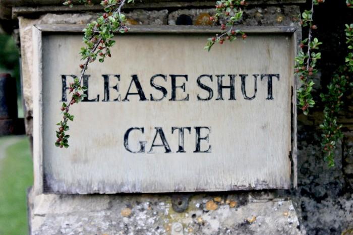 path gate